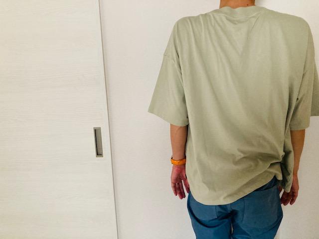 しまむら_AIRSHIELD_メンズTシャツ着用